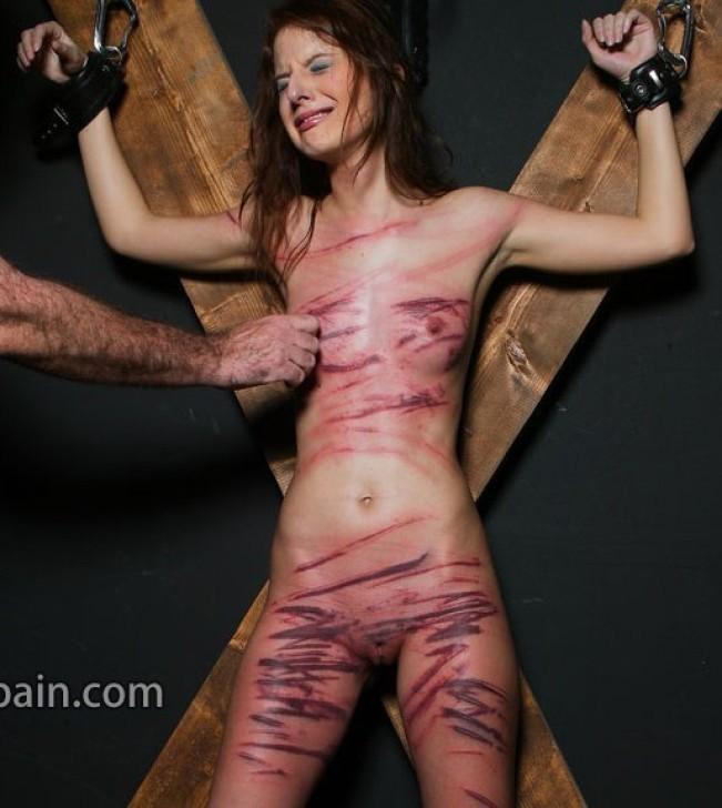 Tack Bra Torture-4665