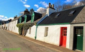 Red and Green - Plockton
