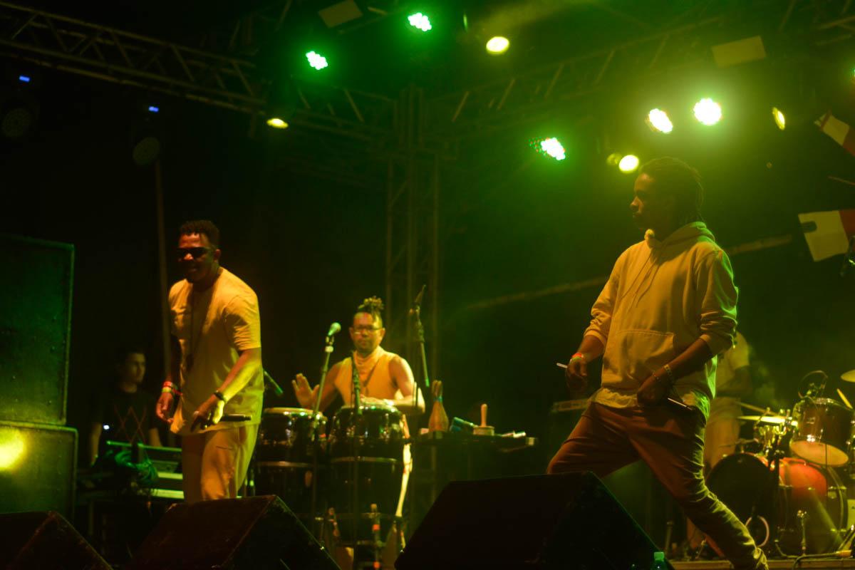 Primeiro dia do Festival Dosol contou com artistas locais e nacionais, com várias influências da MPB