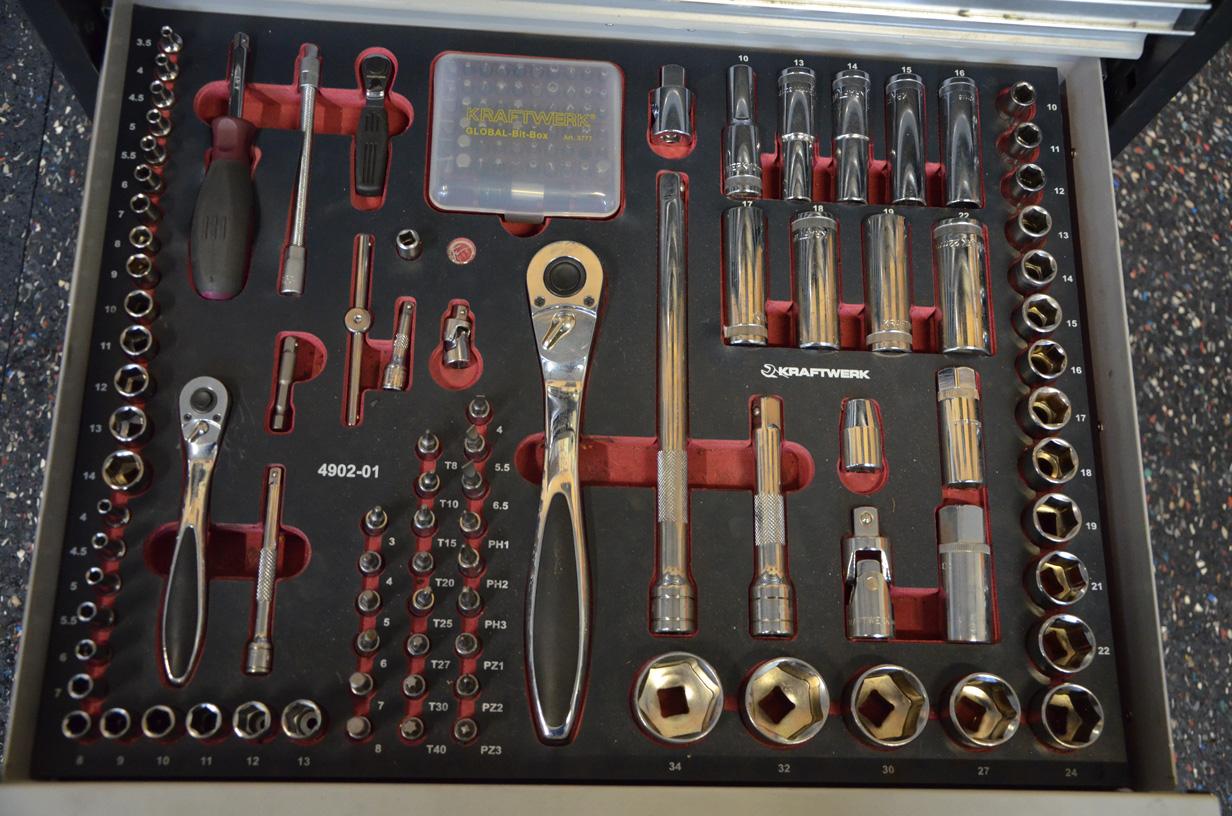 Service und Reparaturen