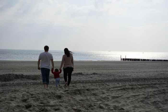 Familienmomente im Urlaub in Holland an der Nordsee