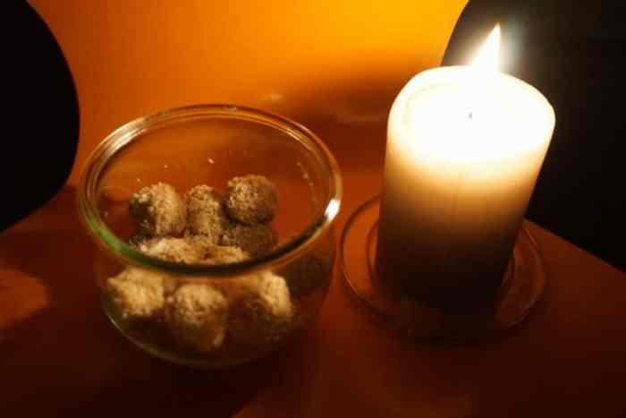 Dattel Cashew Pralinen - ein gesunder Snack nicht nur für BLW und breifrei
