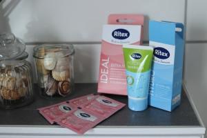 [Anzeige] Sex nach der Schwangerschaft – mehr Spaß mit Kondomen und Gleitmittel von Ritex