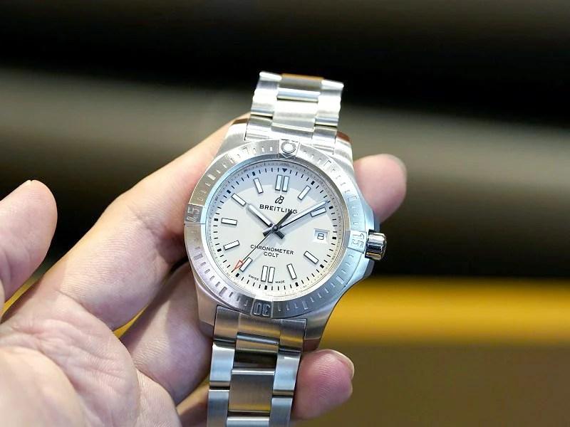 シンプルでスポーティなデザインが人気の本格的な機械式時計!コルト オートマチック-クロノマット その他