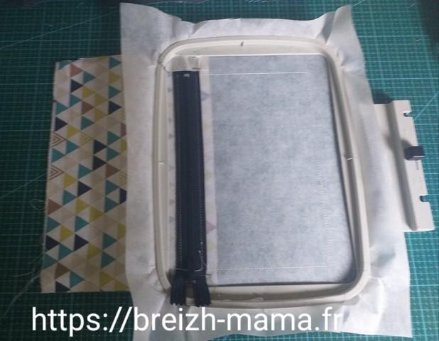 3 - Placer le tissu de doublure en dessous