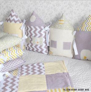 Tour de lit bébé maison