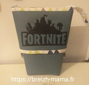 Tuto Patron Trousse pot à crayons Fortnite