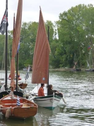 L'Avalig II (à gauche, en bas), le Tin (vert) et le Label Rance (vert et blanc) : trois bateaux bretons