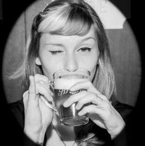 Fernanda-fregonesi-mulher-cerveja