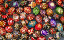 decorated aster eggs
