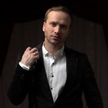 Хореограф-постановщик — Виктор Бакаев