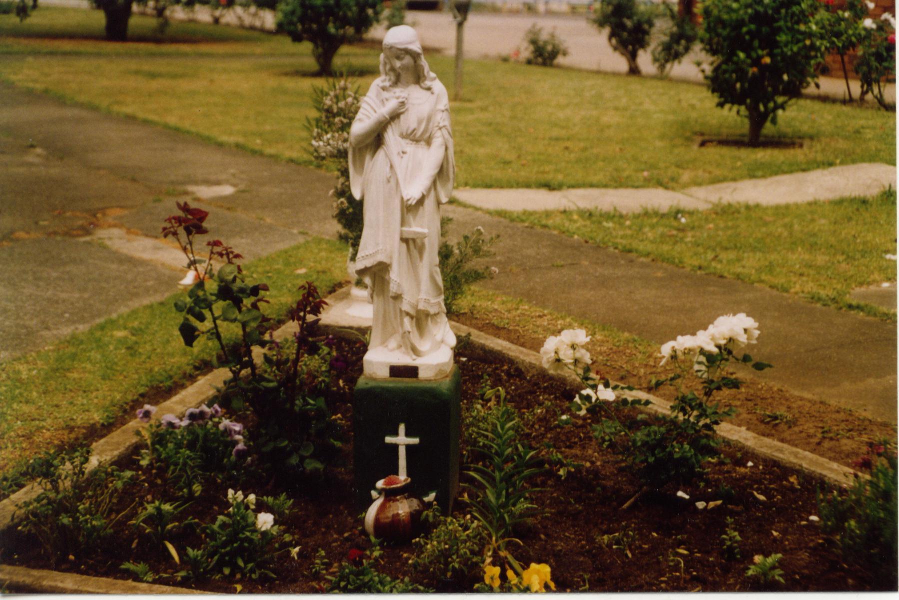 Concord statue