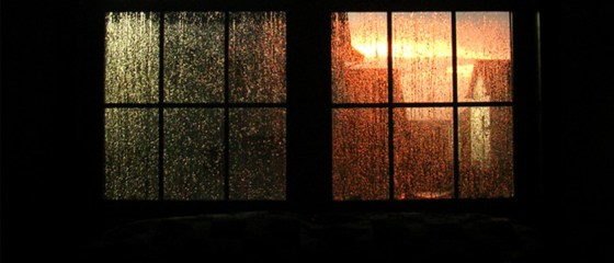 window-thunderstorm-2