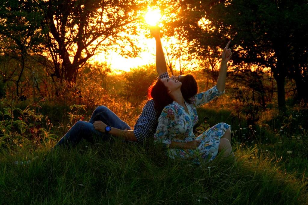 couple sunset nature