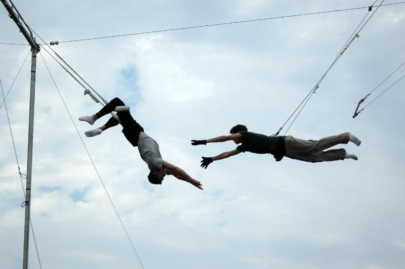trapeze reach