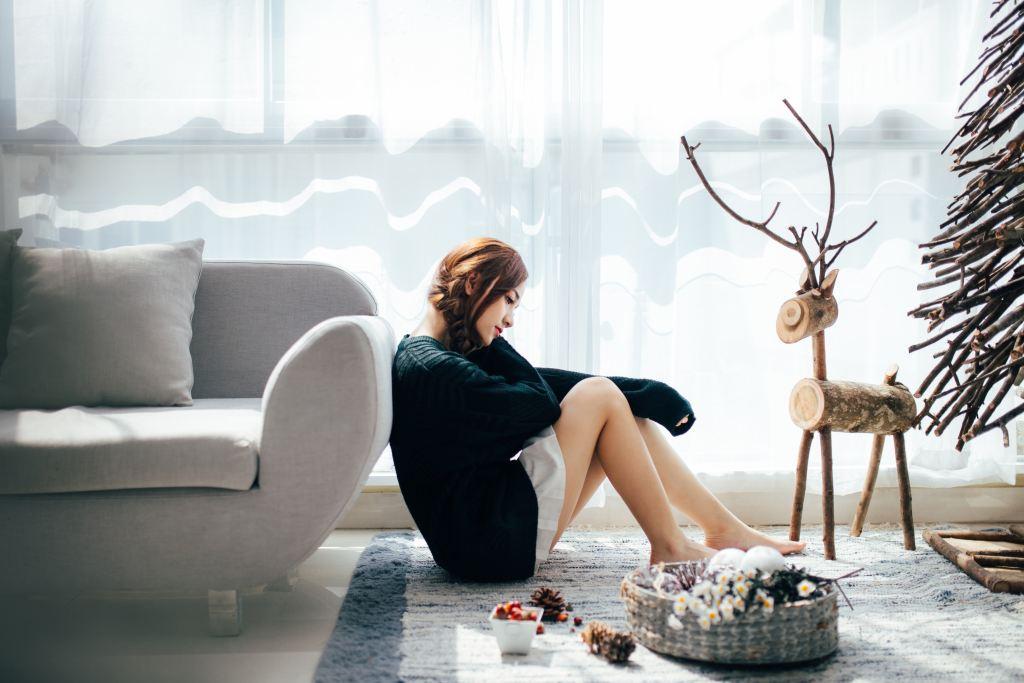woman sad holidays