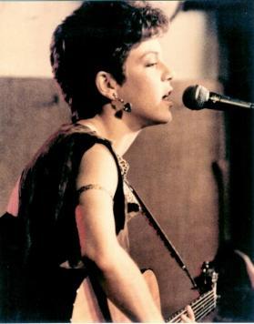 Singer-Songwriter Brenda Layne performing at McCabe's Guitar Shop in L.A.
