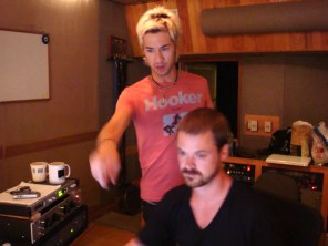Mike mixing, Brendan pointing...