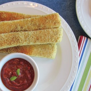Homemade Pizza House Breadsticks (with Homemade Pizza Sauce)