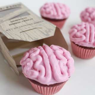 How to Make All-Natural Zombie Brain Cupcakes
