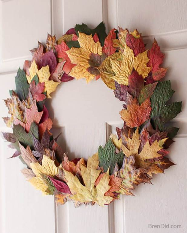 fall wreath made from fesh fall leaves