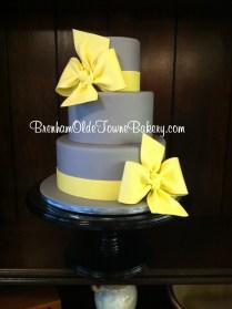 gray and yellow bows