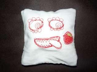 Kirschkernmonster weiß Cord Erdbeere
