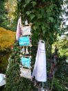 Brennender Schuh - Ausstellung in einem kreativen Garten in Gemünden, Taschen und Schürze genäht