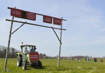 Bauern und Bürger kämpfen im Rosenheimer Land gemeinsam um ihre Heimat und gegen ein zweites Stutt-gart 21 im Inntal. Quelle: Brennerdialog