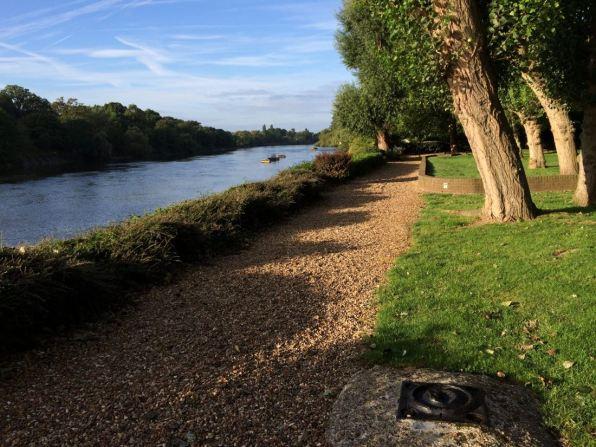 Brentford-Dock-Pathway-06