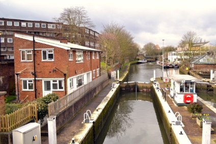 Brentford Dock an area rich in history nature and community July 2019 1