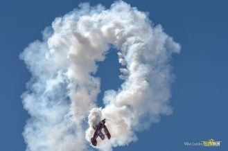 Brent flies a double-hammerhead at the Springbank Airshow