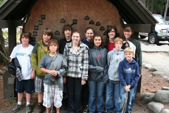 Cousins: Justin, Clay, Todd, Trent, Melissa, Sami, Mckenzie, Heather, Jamison, Ethan (front), and Ashley