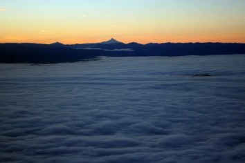 Mount Jefferson in the morning light, right after taking off from PDX