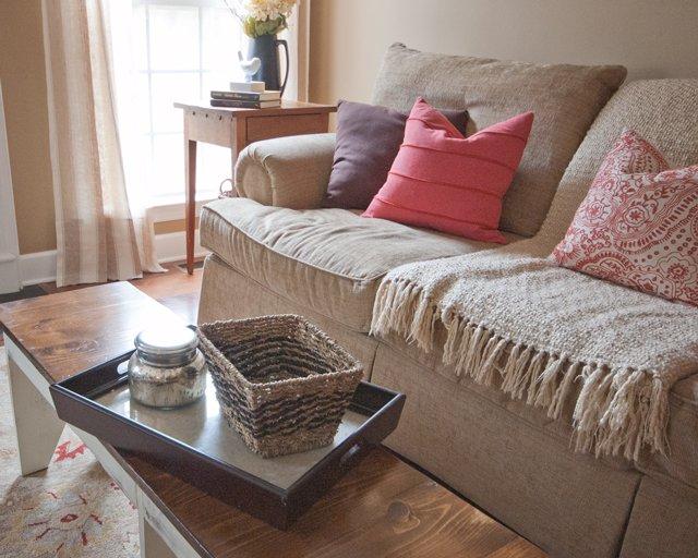 den-sofa-closeup