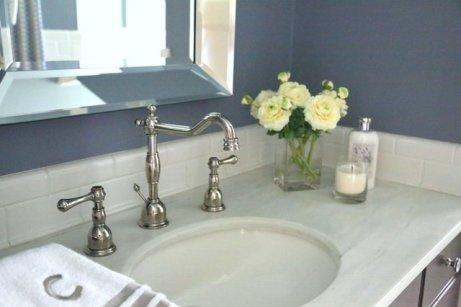 hall-bath-sink