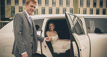 wedding day chauffeured limousine experience
