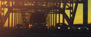 Limbusine_Burlington_Bridge