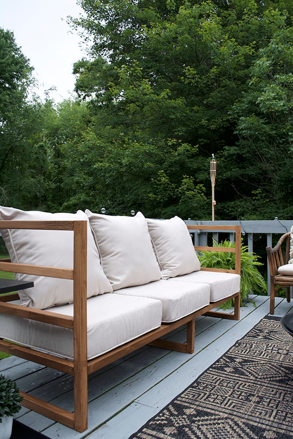 A DIY Modern Outdoor Couch Tutorial