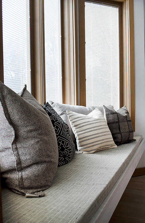 10 best places to buy throw pillows
