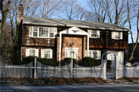 245 Oyster Bay Rd Locust Valley NY 11560 Nassau County