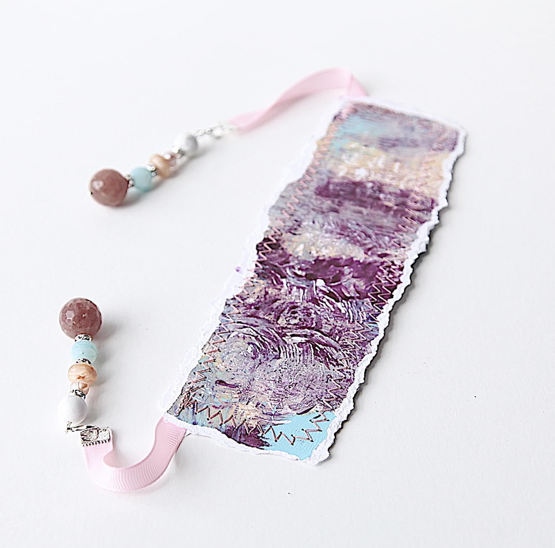 Purple_passion_bookmark_03.min