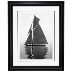 Framed Limited edition, Silver Gelatin, Black and White Photograph of sailing boat Shamrock 4. Taken by a famous marine photographer Frank Beken in 1914. Available to purchase in various sizes from the Brett Gallery. This picture was developed in the darkroom and scanned from original glass plat negative from period.Beken of Cowes Framed Prints, Beken of Cowes archives, Beken of Cowes Prints, Beken Archive, Cowes Week old Photographs, Beken Prints, Frank beken of Cowes.