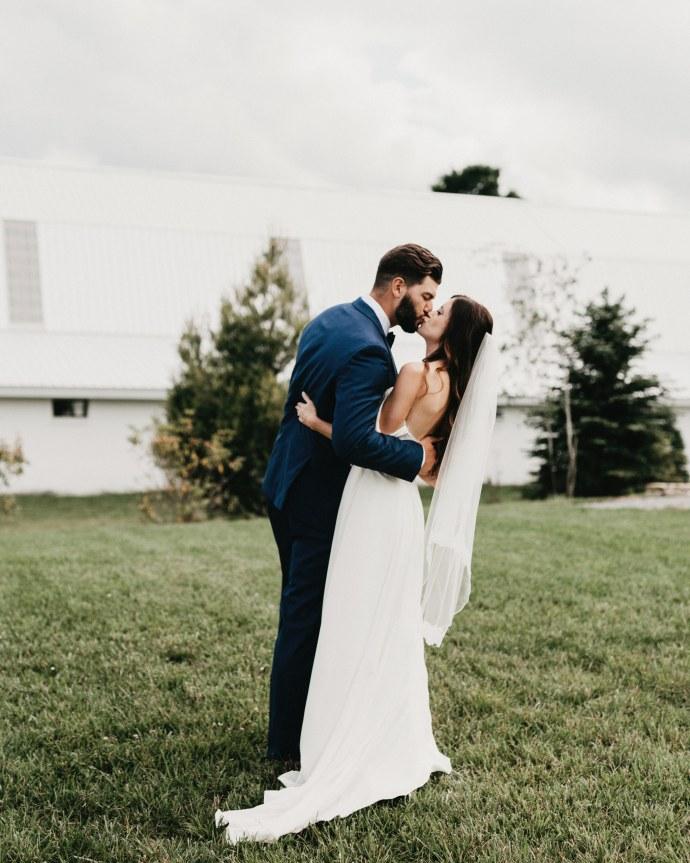 overlook barn beech mountain wedding 073