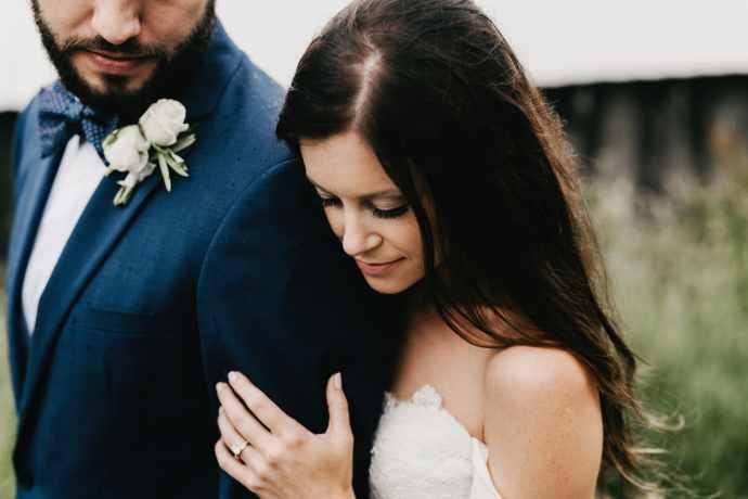 moody wedding photographer Asheville