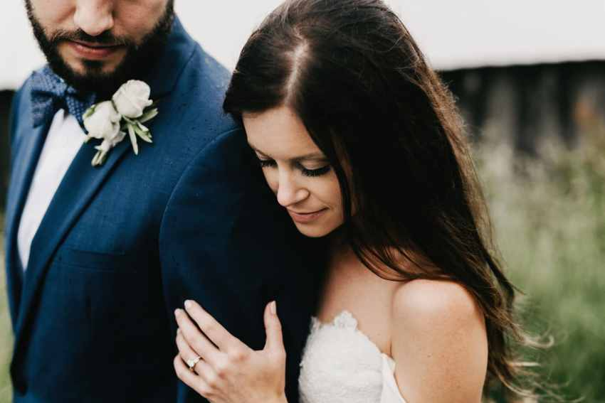 moody wedding photographer Asheville