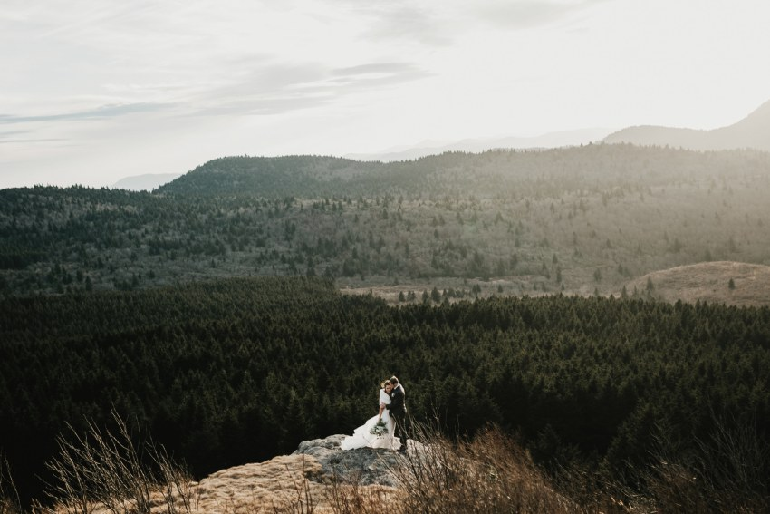 Brett & Jessica Photography | North Carolina mountain elopement photos