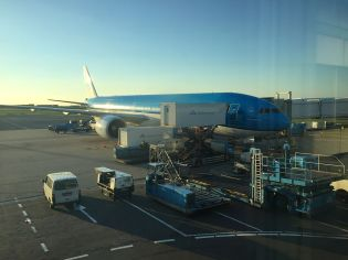 Our Airplane to Singapore - A KLM Asia Boeing 777-300ER (PH-BVB)