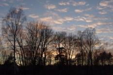 15:00, die Sonne ist bereits untergegangen.
