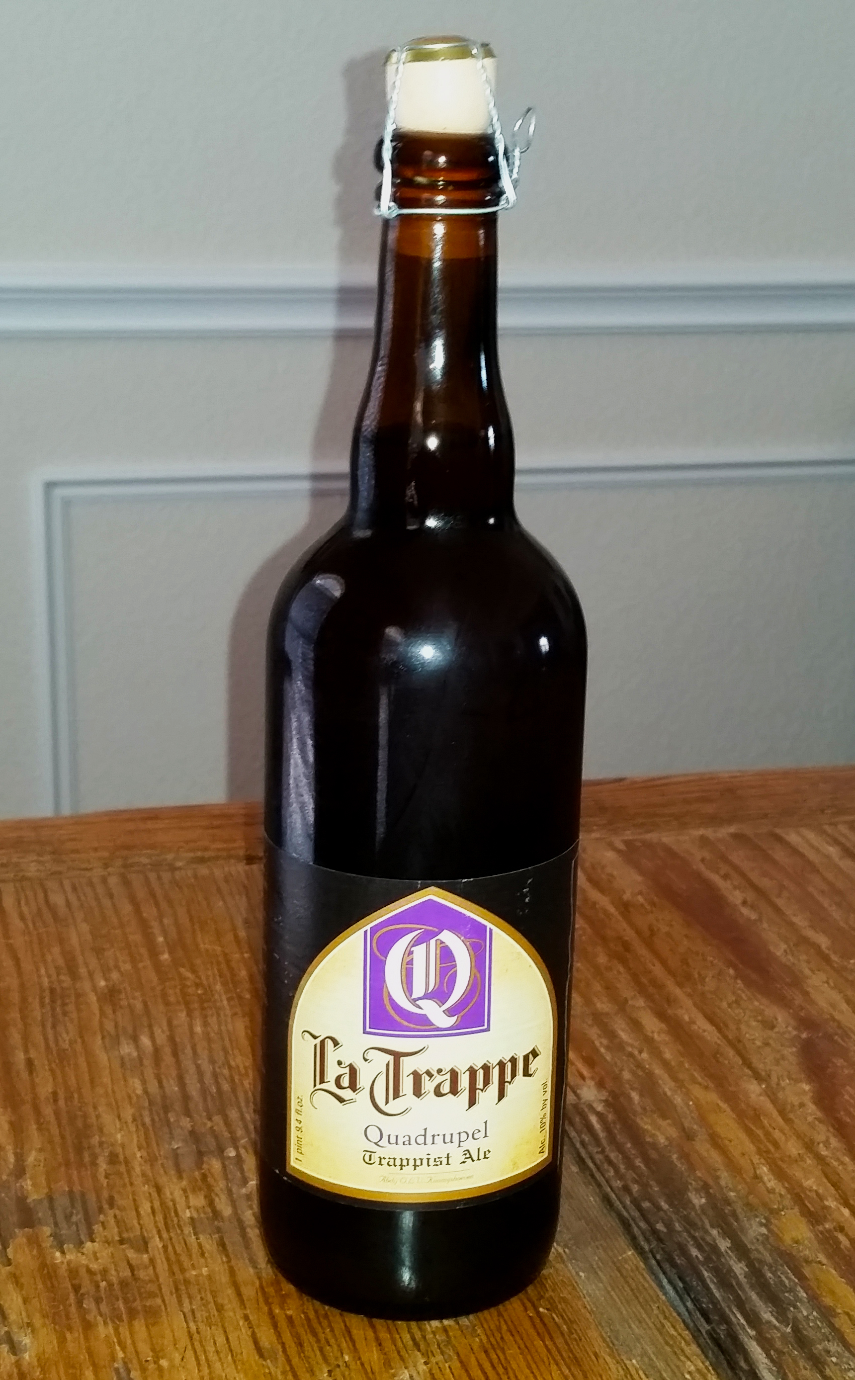 Brewsday Review La Trappe Quadrupel Brewed Bottled
